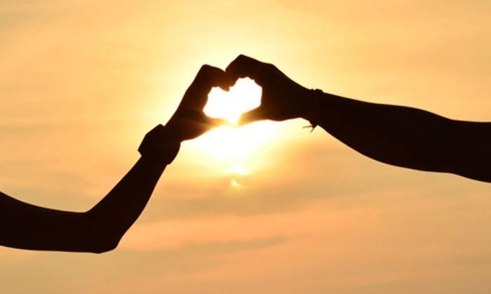 Nếu đó không phải yêu, thì anh không biết tình yêu là gì nữa...