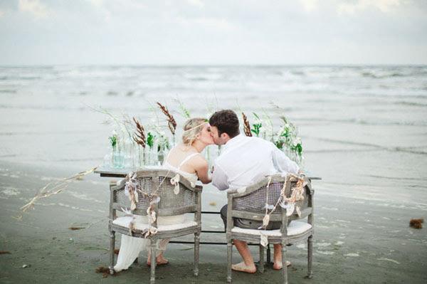 Yêu là để hạnh phúc, nếu không hạnh phúc thì đừng có yêu!
