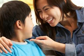 Khen - chê và sự kỳ vọng của bố mẹ dành cho con.
